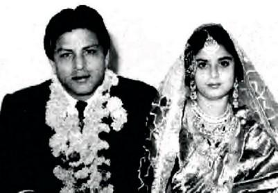 shahrukh khan parents