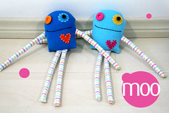 moo blue! (Fafi) Tags: monster toys softies maricota