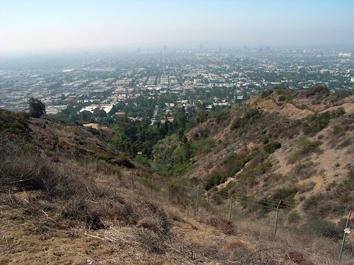 providing a decent viewpoint of the Los Angeles sprawl.