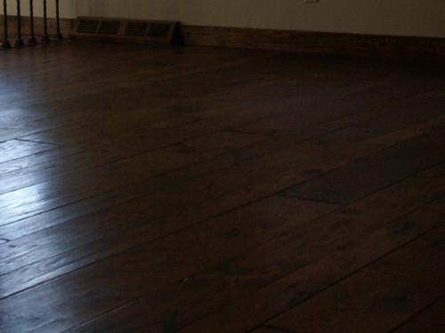 Living room, floor, vent