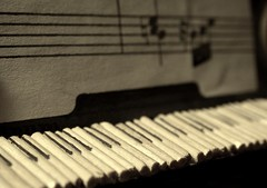 qualche anno fa... (eyes wide shutter) Tags: white black miniature model keyboard piano note toothpick score coda pianoforte klavier stuzzicadenti