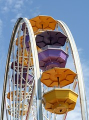 Ferris Wheel (aj_bend) Tags: california ca beach pier santamonica ferriswheel amusementpark pacificpark 50views santamonicapiet