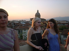 DSCF0160 (lilbuttz) Tags: sunset party sky italy rooftop florence helensbirthday helensapartment exactlocationunknown accentflorencespring2002