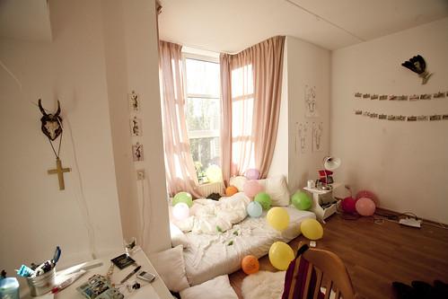 balloons room_1