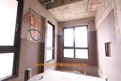 聯聚怡和衛浴降板設計