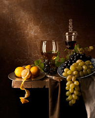 Still Life with Grapes and Lemons (kevsyd) Tags: stilllife lemons grapes kevinbest
