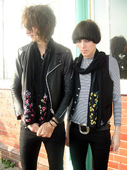 Faris & Spider Webb From The Horrors (queensofsounds) Tags: uk portrait fashion rock scarf band number indie rhys webb faris horrors qos spiderwebb thehorrors queensofsounds