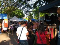 Shopping at the markets (tillmangreg) Tags: nt markets australia darwin tropical northernterritory mindilbeach