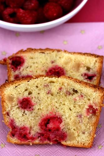 Cake lamponi e marzapane