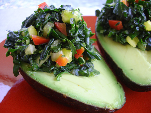 tropikale_stuffed_avocado