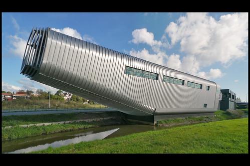 zaanstad bedrijfsgebouw wilo 01 2009 benthem_crouwel (rak)