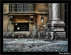 BB - Bici e Barocco (Davide Cherubini) Tags: rome roma bike bicycle bicicleta cobble bici baroque sanpietrini barocco bicicletta cherubini dcherubini davidecherubini
