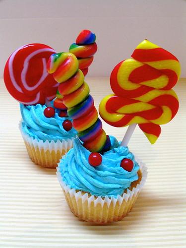 Antique Birthday Cupcakes