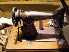 Máquina de coser III (Jorgelixious) Tags: fuji finepix campo sewingmachine coser maquina olmue s5600