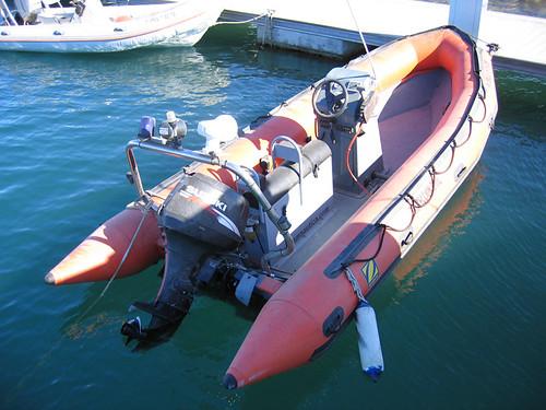 Embarcacion de rescate 004