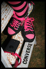 [HotPink & Black] (✧S) Tags: pink black shoes ipod converse hotpink cherrykisses pinkheadphones