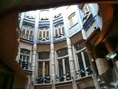 P1000541 (Vincent R) Tags: barcelone casamil catalogne espange