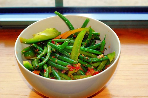 green beans and peppers sauteed in spicy sauce