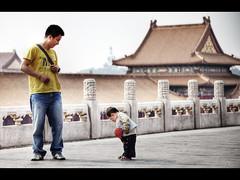 Squeak squeak squeak (Kaj Bjurman) Tags: china city boy eos shoes child beijing forbidden 5d forbiddencity noise hdr squeak kaj markii cs4 squeaking photomatix bjurman