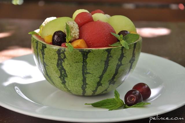 Kavunlu ve Karpuzlu Top Salatası