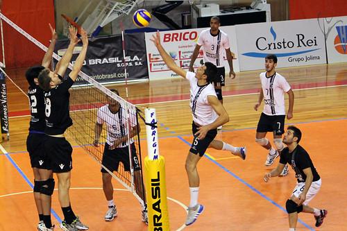 Voleibol Taça de Portugal: Vitória 3-0 Académica de Espinho