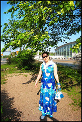 365: #76, Sunday Walk (HenriBlock) Tags: walk sunday wife 365 summerdress