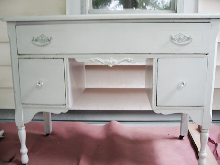 Vanity with appliques