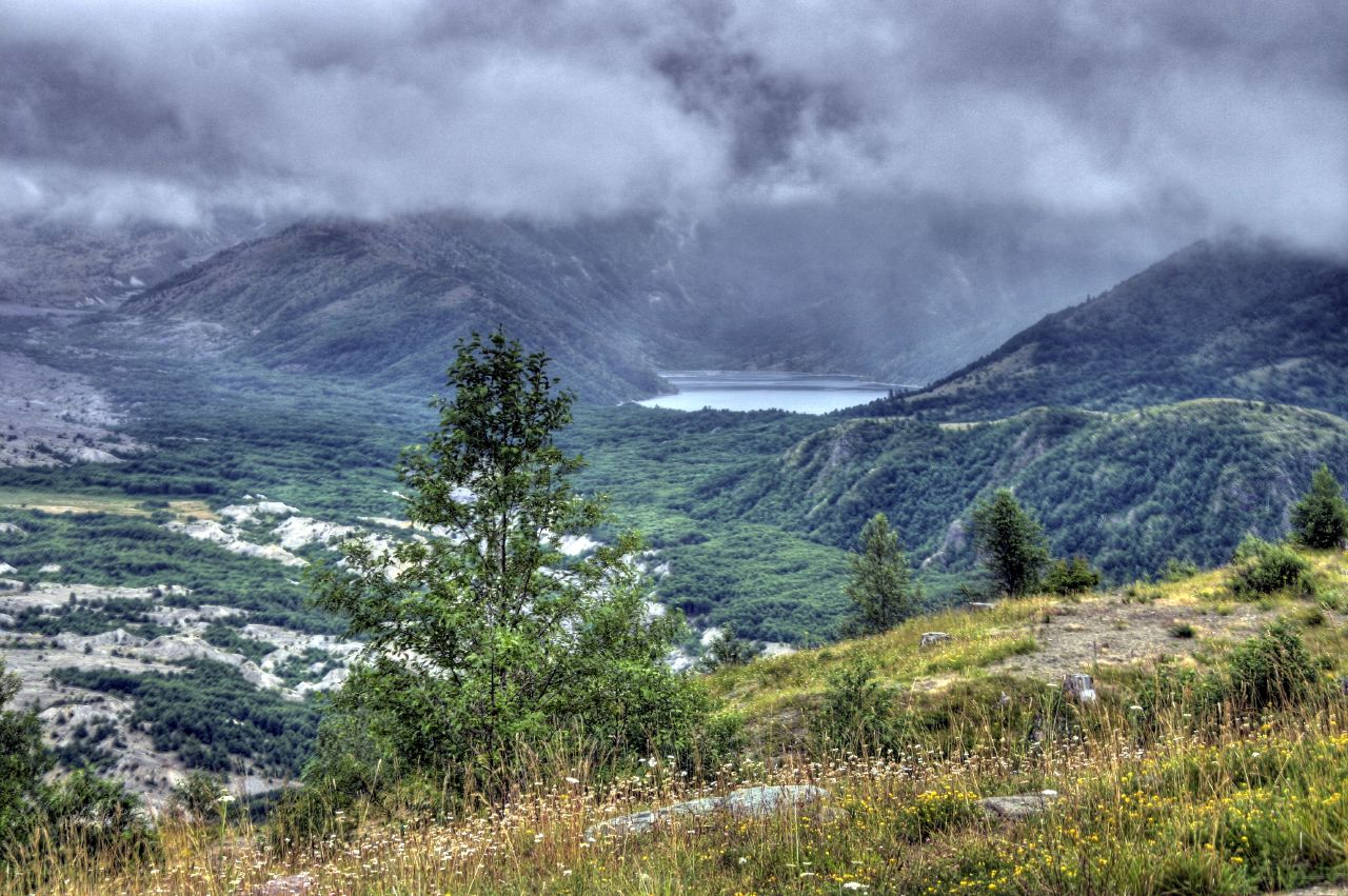 Mount St Helens (HDR)