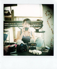 (Twiggy Tu) Tags: life film polaroid weekend taiwan 600 taipei twiggy sunnyday myeverydaylife beachtime takearest meandmycameras sx70sonar withlovelyfriends