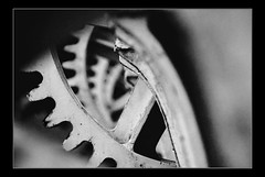 Machine Wheels (edouardv66) Tags: blackandwhite bw industry wheel switzerland blackwhite nikon suisse geneva nb d200 genve 18200 industrie vr noirblanc thevirtualgallery photoexplore