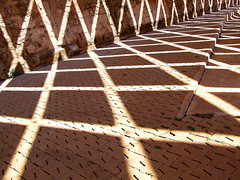 Lines of Light (sunny-drunk) Tags: dice lines spain shadows crap cuties mallorca palma zog matinggame doublesix supershot 35faves superaplus aplusphoto flickrjobdiff flickrjobprem flickraward wowiekazowie superhearts planetzog ysplix colourartaward abstractartaward excapture creattività