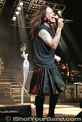 Korn - Jonathan Davis - Jason Wilder (ishotyourband) Tags: pictures show family music news records ford john magazine tampa geotagged photo concert jon pix kilt photographer tour shot singing florida photos pics jonathan live review amphitheatre livemusic performance band picture amp pic skirt virgin photographs photograph singer vocalist amphitheater magazines davis adidas tours lead vocals recent wilder korn reviews pixs freelance 2007 virginrecords leadsinger photog values vocal houseman kon editoral ishotyourband ishotyourbandcom jasonwilder httpwwwishotyourbandcom wwwishotyourbandcom familyvaluestour fordamphitheater fordamp yourjason