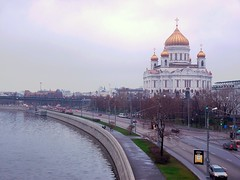 Christ The Saviour Temple on the Moscow-river bank (Varvara_R) Tags: church architecture geotagged evening moscow soe coth supershot diamondclassphotographer flickrdiamond panasoniclumixfz28 coth5 chariotsofartistslevel1
