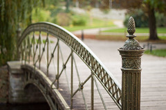 (*m22) Tags: park bridge garden bow brcke schlosspark revised mv bogen schwerin badbokeh