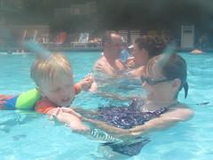IMG_1358 (Chris Totsky) Tags: alex pool swimming swim hotel orlando florida sharon alexander sheraton sheratonvistana