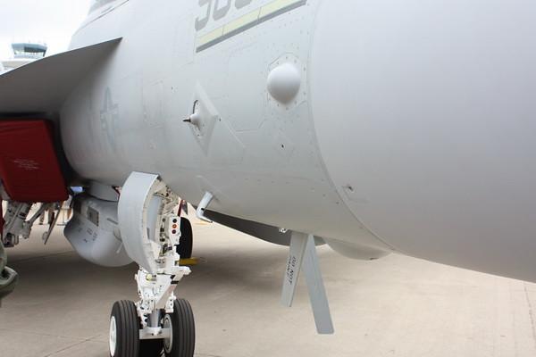EAA10_EA-18G_53
