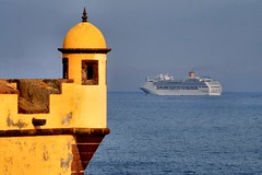20070423-vs-1608 (Made in Madeira) Tags: cruise blue portugal island europe fortress madeira funchal watchtower photooftheday 10faves costavictoria holidaysvacanzeurlaub diamondclassphotographer fiveflickrfavs 8jul2007 ilustrarportugal srieouro