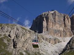 Passo Pordoi (anto_gal) Tags: natura 2006 alto funivia montagna sella trentino dolomiti bolzano altoadige adige pordoi