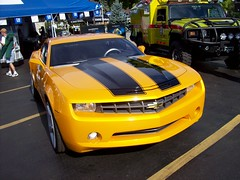 The Bumblebee Chevy Camaro from the Transformers movie... (Steve Brandon) Tags: auto usa chevrolet film car movie geotagged restaurant parkinglot automobile gm michigan unitedstatesofamerica detroit diner voiture camaro bumblebee chevy transformers suburb  autobot royaloak conceptcar generalmotors woodwardavenue woodwarddreamcruise  michaelbay cotcmostinteresting   gmfyi    athensconeyisland    transformers2riseofthefallen transformersriseofthefallen