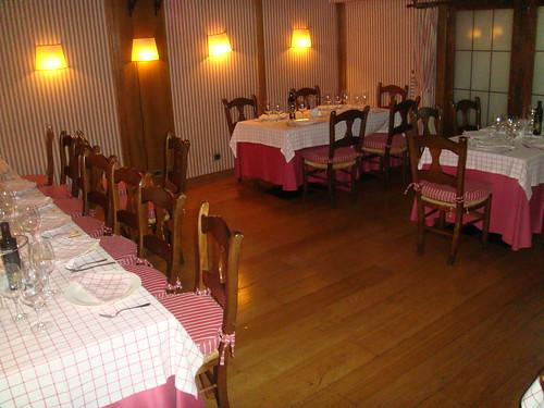 Mesas en el piso inferior