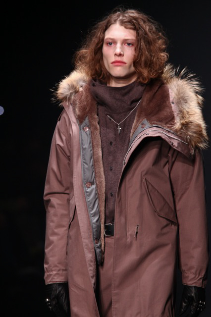 Christopher Rayner3084_FW10_JFW_LAD MUSICIAN(Changefashion)