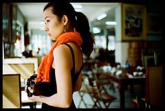 Rollei corner (Lefty Jor) Tags: leica light tlr girl rolleiflex restaurant day photographer dof bokeh macau m6 misu leitz 龍華茶樓 summitar5cmf2