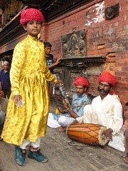 funky drummer (Sirensongs) Tags: nepal boy musician yellow asia drum percussion indian dancer explore drummer turban folkdance oldcity minstrel rhythm reallife jamesbrown bhaktapur rajasthani sirensongs saarc indologistatlarge
