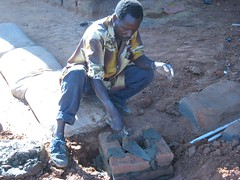 615402035 59b7677629 m El niño que construyo un molino con una bicicleta
