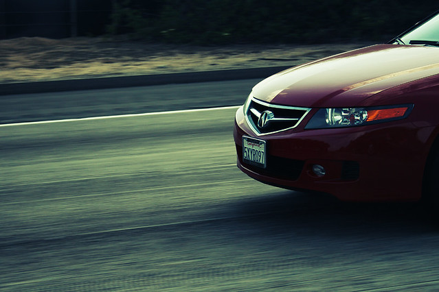 road red motion blur car canon acura tsx 400d