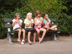 icecream girls (Hindrik S) Tags: girls cute look kids children fun eating kinderen olympus kind icecream enjoying cpf blik meisjes ijs iis genieten ijsco aquazoo c5000z famkes