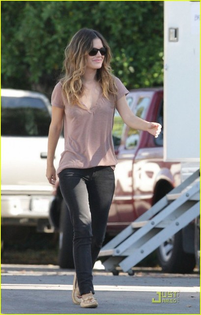 On_the_Set_of_BFF__amp__Baby_in_Los_Angeles_November_5_2010