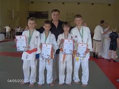 Iš kairės Lukas čŒiuželis, Gintis Žebrauskas, treneris Antanas Kasteckas, Aivaras Kasteckas, Karolis Mockus