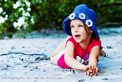 holy color! (Marta Potoczek) Tags: color beach colors girl hat sand 85mm pop d200 f18 actions lightroom martas dazzler