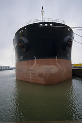 IMG_0222 (lepista) Tags: boat dock ship bow various 200610